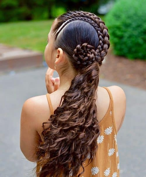 19 Cute & Easy Hairstyles for Curly Hair Girls