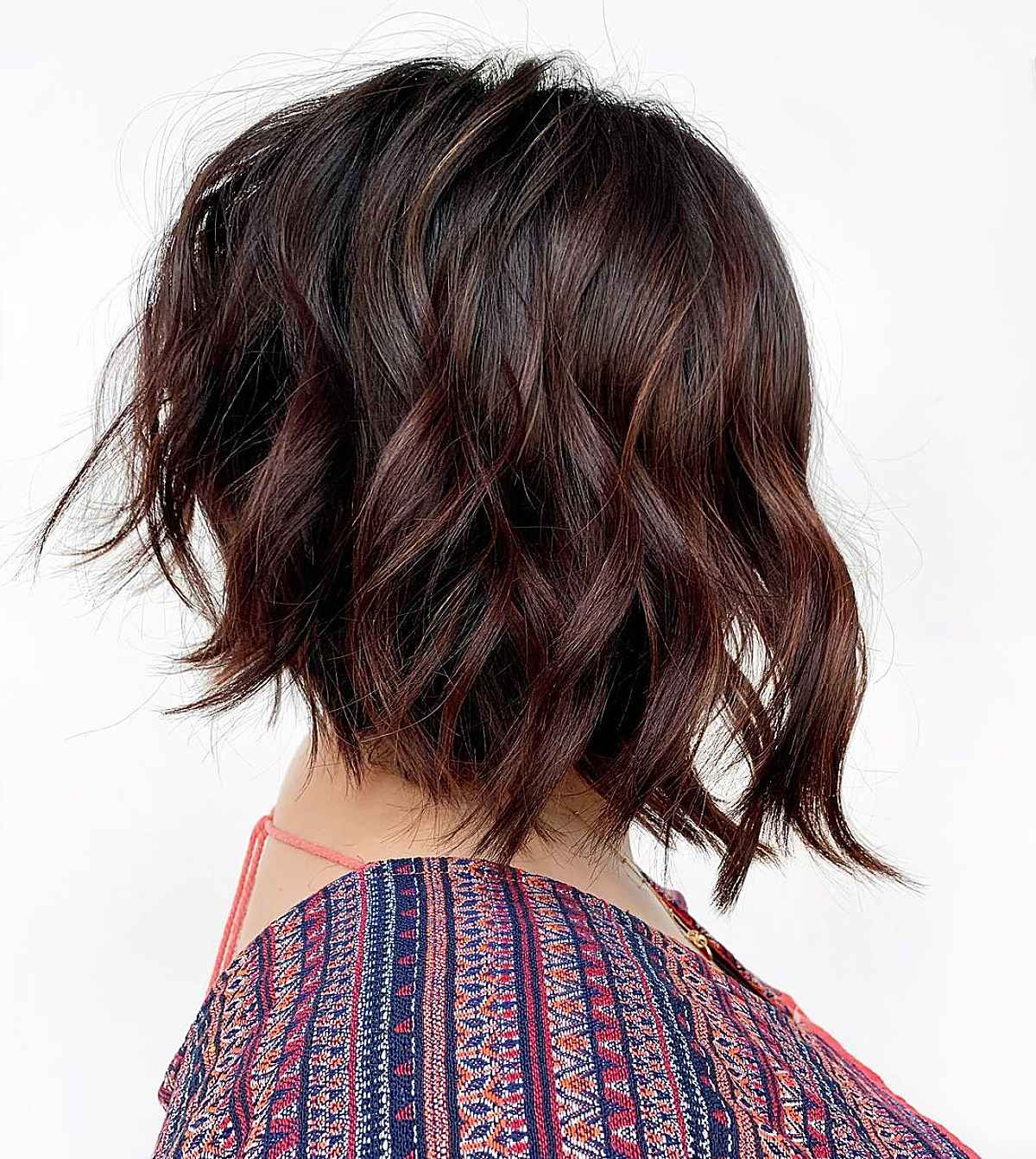 21 Short, Stacked Inverted Bob Haircut Ideas to Spice Up Your Style