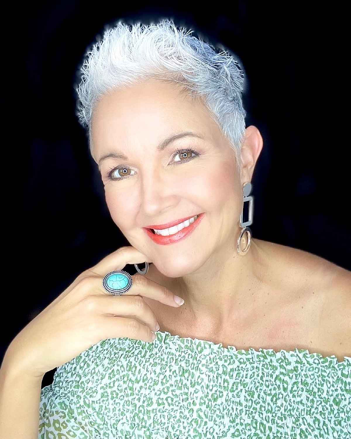 26 Short Spiky Haircuts for Women Over 60 with Sass