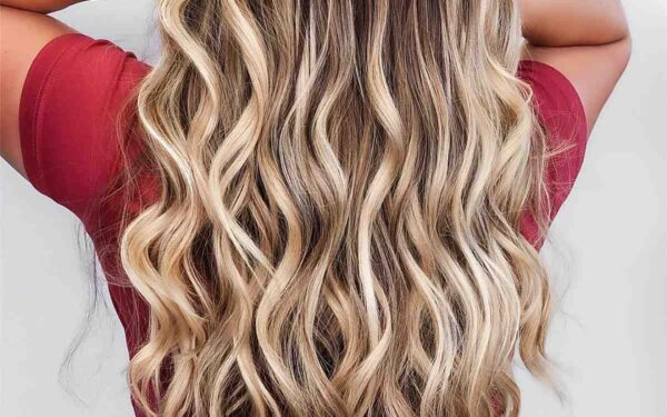 42 Stunning Blonde Highlights of 2021 – Platinum, Ash, Dirty, Honey, Dark